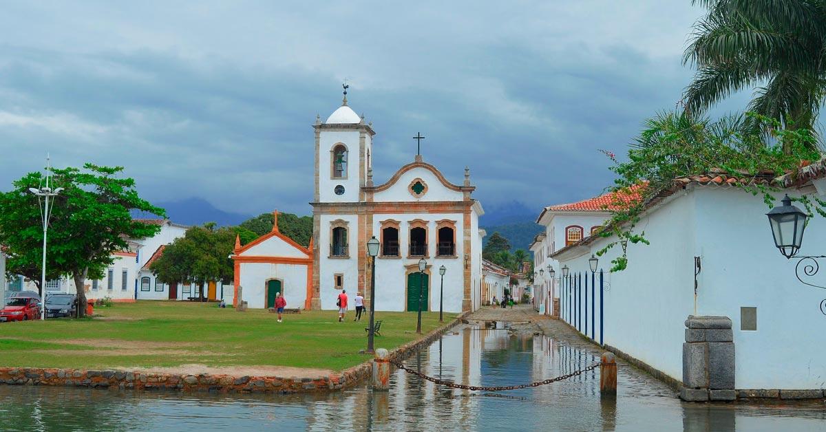 bela igreja em paraty